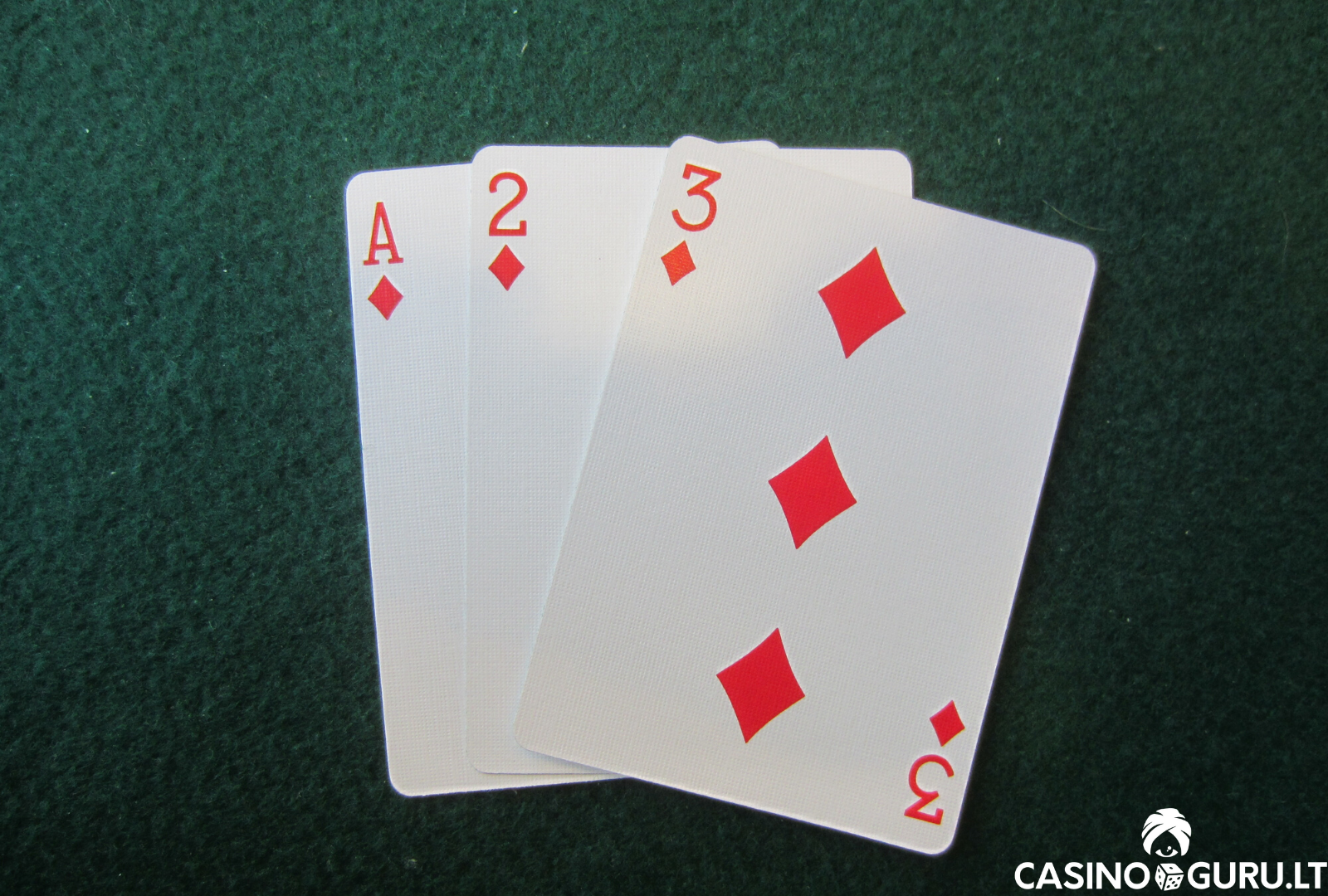 3 card brag zaidimas - ace 2 3