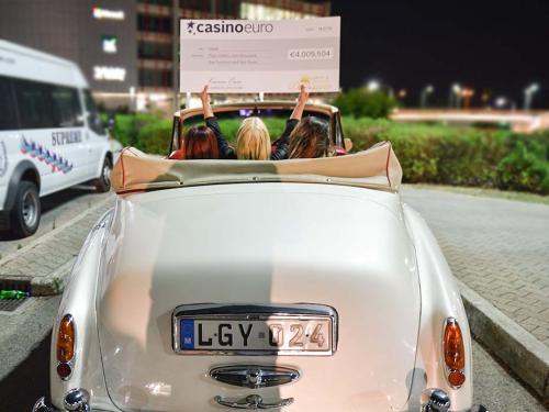 Heidi iš Suomijos laimėjo 4 milijonus eurų jackpotą