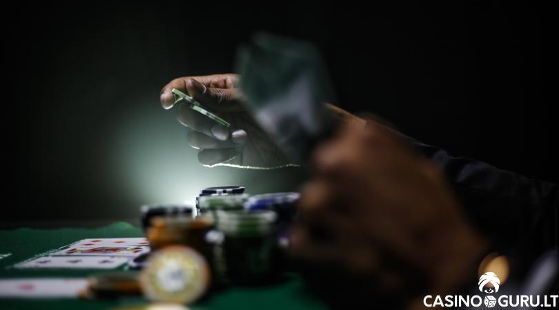 texas holdem strategija kaip žaisti pokerį