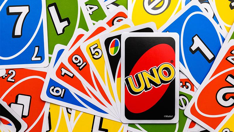 uno taisyklės pagal kortų ženklus ir spalvas